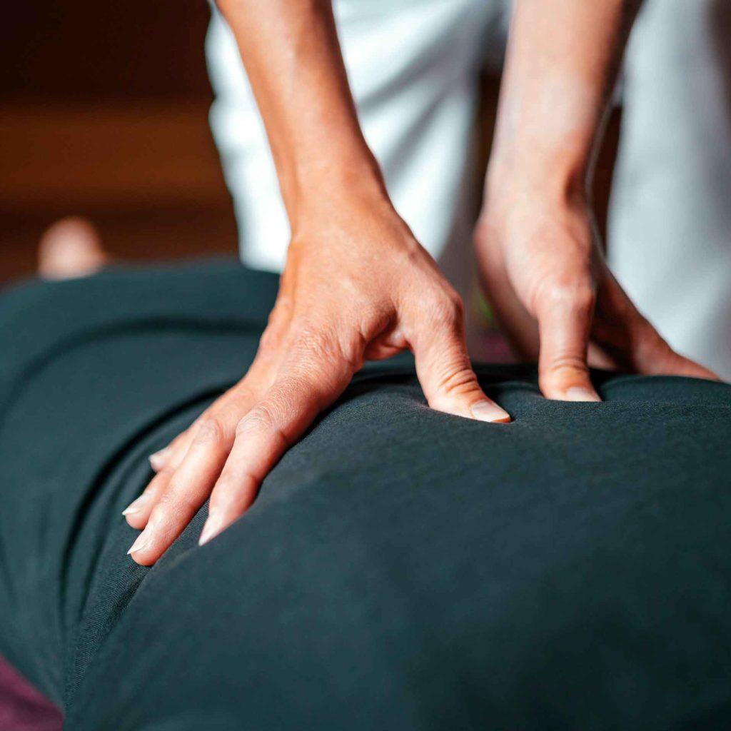 Foto de un masaje terapéutico.